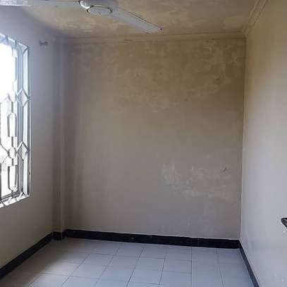 Three  bedrooms apartment for rent image 4