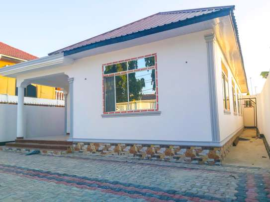 NEW HOUSE FOR RENT image 1