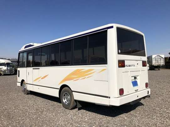 1988 Hino RAINBOW BUS 26SEATER TSHS 33MILLION ON THE ROAD image 3
