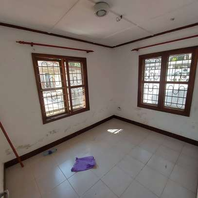 Three  bedrooms stand alone for sale image 2