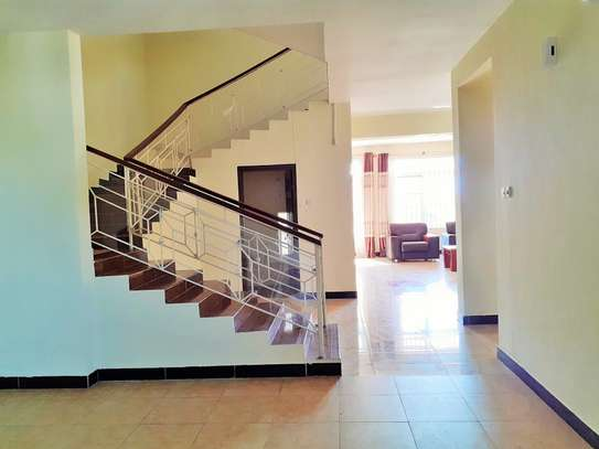 Specious 4 Bedrooms Townhouse With Sea View image 5