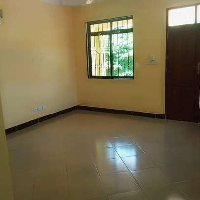 3 bedroom house for rent image 4
