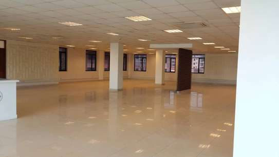 Offices from 30 sqm on a 5 story high tech building image 10