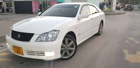 2005 Toyota Crown image 5