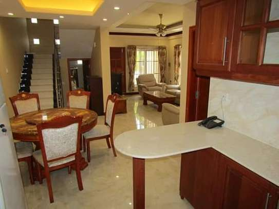1, 2 & 3 Bedrooms Furnished & Luxury Duplex Apartments / House in Oysterbay image 5