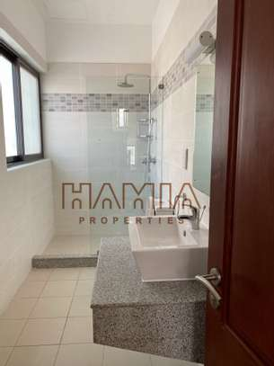 House for rent in msasani area image 4