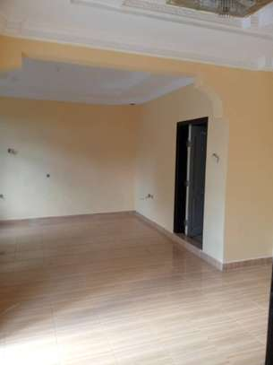 4 bed room , 3 all ensuite for rent at moroko image 6