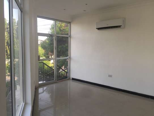 one bedrm,sitting room and kitchen ( MASAKI) for rent image 8