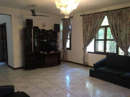 5bed room all ensuite house at msasani kimweri near cap town fish market rant $1800 image 4