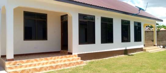 2 bed rom house villa for rent at kunduchi image 1
