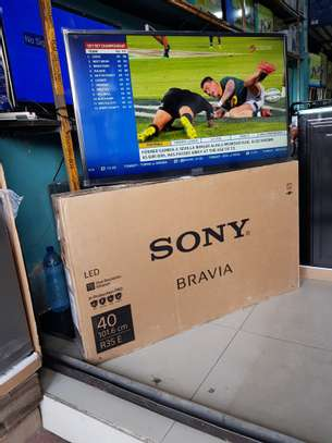SONY SMART TV 32 INCHES image 1