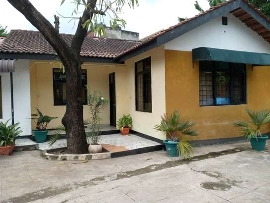 2bed house for rent at mikocheni b  good location