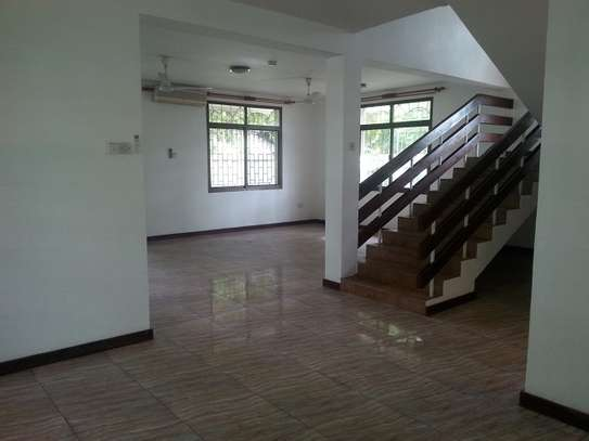 4 Bedrooms Villa In A Leafy Compound In Masaki For Rent image 4
