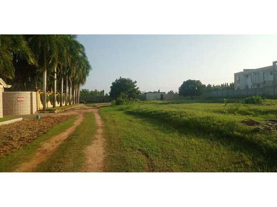 plot800sqm for saleat mbezi beach tsh300m image 5
