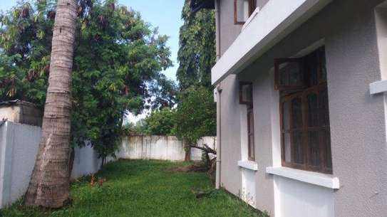 7bed house at mikocheni office,massage tsh2000000 image 12