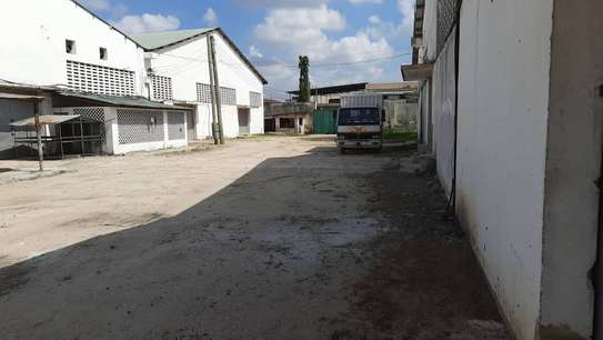 Warehouses for rent at Nyerere Road image 3