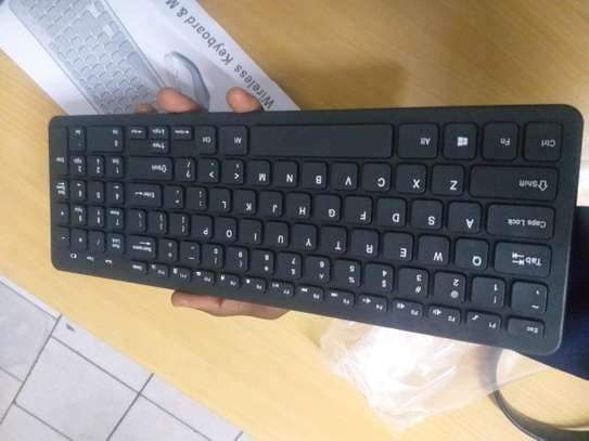 Wireless keyboard and mouse with numeric keypad image 3