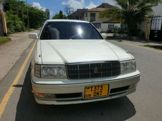 1998 Toyota Crown image 5