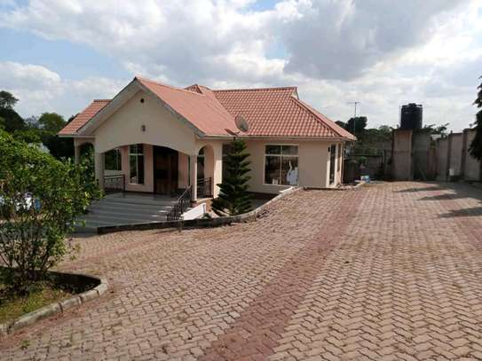 5Bedrooms House At mbezi luguluni image 1