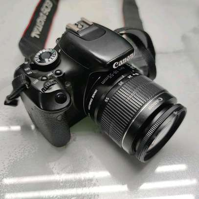Canon EOS 600D Digital SLR Camera with EF-S 18-55mm f/3.5-5.6 IS Lens image 3