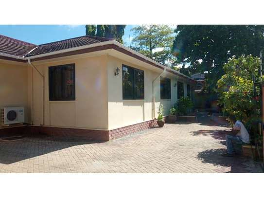 4bed house at mikocheni $1000pm image 1