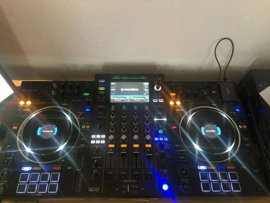 Pioneer DJ XDJ-XZ All In One DJ System - Black image 2
