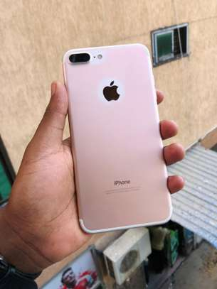 iphone 7plus 32gb available image 2