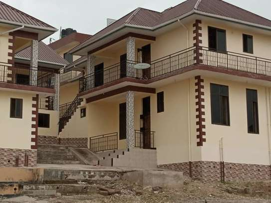 2bed apartment at kimara suka tsh 300000 bs image 4