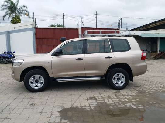 2019 Toyota Land Cruiser GX V8