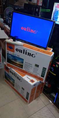 TV flatscreen available image 3