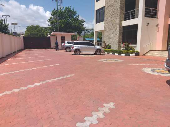 3BEDROOMS FULLY FURNISHED APARTMENT 4RENT AT MASAKI image 4