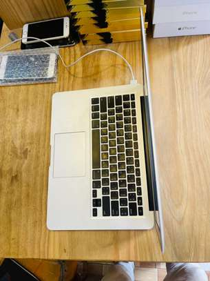 Macbook air 2012 13.3-inch for sale image 3