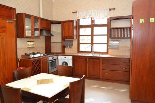 3 bed room town house for rent $800pm at mikocheni b tpdc image 12