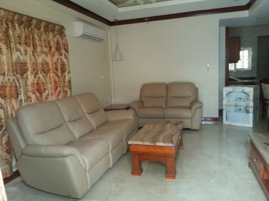 3 Bedrooms Immaculate Homes For rent In Oysterbay image 3