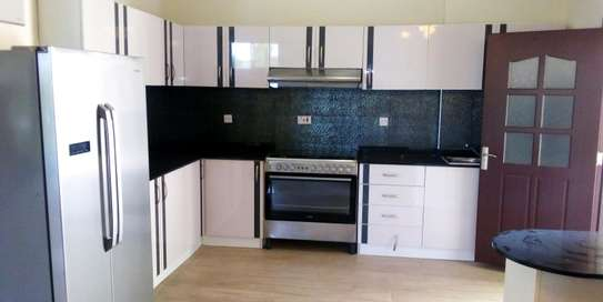 SPECIOUS 3 BEDROOMS FULLY FURNISHED FOR RENT AT OYSTERBAY image 4