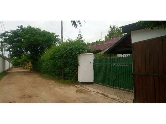 two houses for sale in the compound at masaki  2000sqm  price $1,000,000 image 1