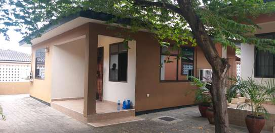 2BEDROOMS HOUSE 4RENT KINONDONI MOROKO image 8