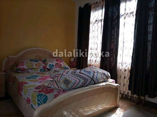 One bdrm and sitting room FURNISHED apart for rent at KINONDONI image 1