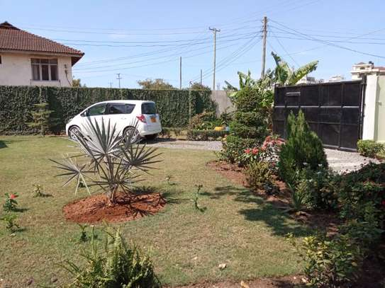 2bed small house for sale at mikocheni tsh200ml bomba image 6