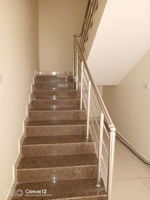 4bedroom Town House for rent in oyster bay image 11
