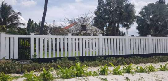 7bed  beach house for sale at kawe beach 4800sqm  clear white sand image 4