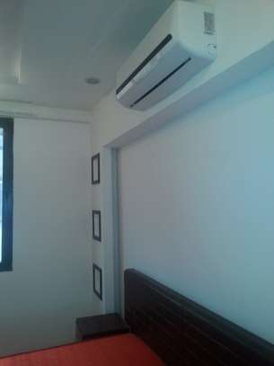 5 Bedrooms Villa For Rent In Oysterbay image 10