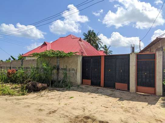 3 bed room house for sale at kigamboni tsh 56milion image 3