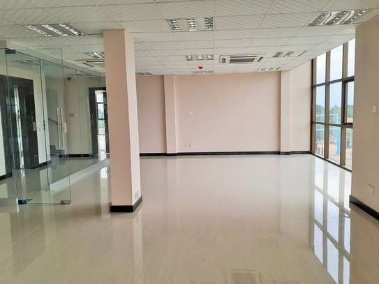 Brand new 115sqm Office Space In Masaki image 3