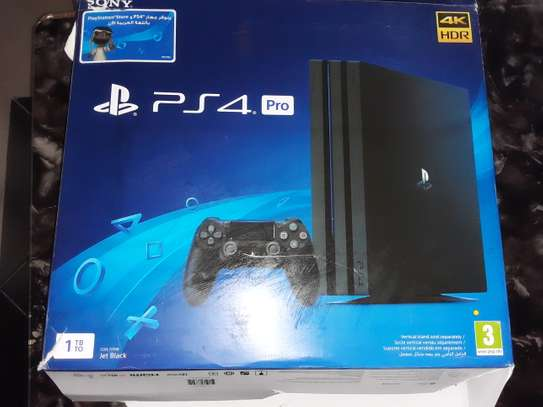PS 4 PRO CONSOLE