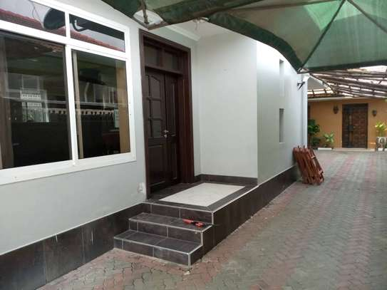 3 bed room house for rent at mikocheni kwa warioba image 3
