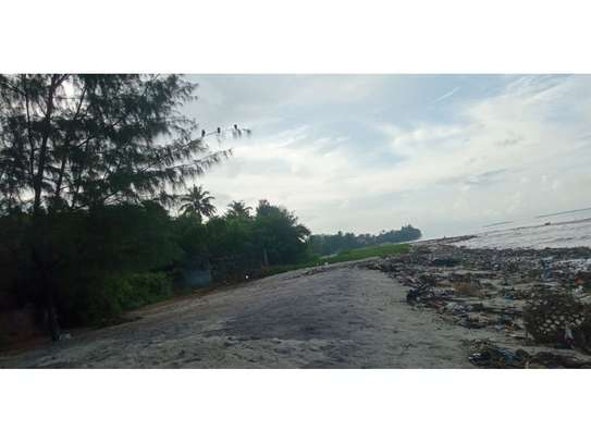4 bed room beach apartment at kawe beach for rent $800pm image 5