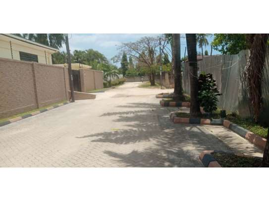 1bed house in compound at mikocheni a uzunguni image 4