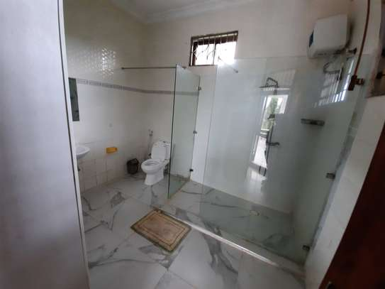 4 BEDROOMS STAND ALONE HOUSE FOR RENT image 7