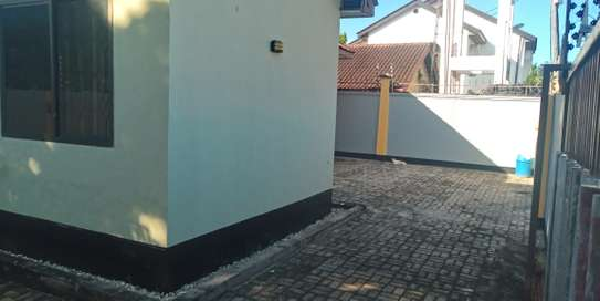 2bed villa in the compound at mbeach tsh500000 image 5